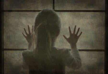心の世界の心理的賄賂を受け取るのは心の世界の罪です。本当の自分は心の奥で、あなたを待っています。