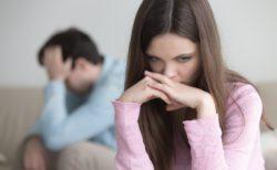 アダルトチルドレンのロスト・ワン(迷子タイプ)の人は、相手から必要とされない日が来るのではないかと常に考えていることが多く、恋愛がうまくいっていても孤独感を感じることがある。