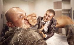 デマ流し加害者には、こうしてやりたい気持ちになる人もいると思います。「その口か!!汚いデマを吐き出しているのは!」と。